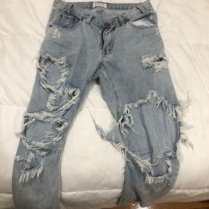 NWOT one teaspoon ripped boyfriend jeans